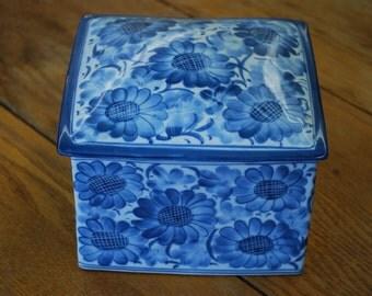 Vintage Blue Floral Ceramic Box