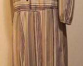Beautiful dress by Whirla...