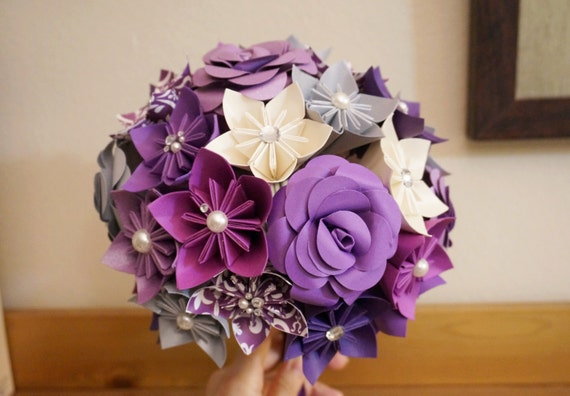 Custom Wedding Kusudama Origami Paper Flower Package - Bouquets, Bridesmaid Bouquet, Purple, ivory Silver