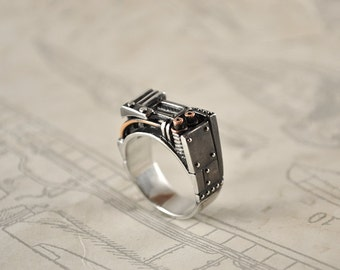 "Silver Steampunk Industrial Ring ""Resurgerendum"" 