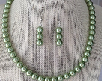 Olive Green Pearl Necklace, Green Wedding, Sage Green, Green Beaded Jewelry, Green Earrings, Bridesmaid Jewelry