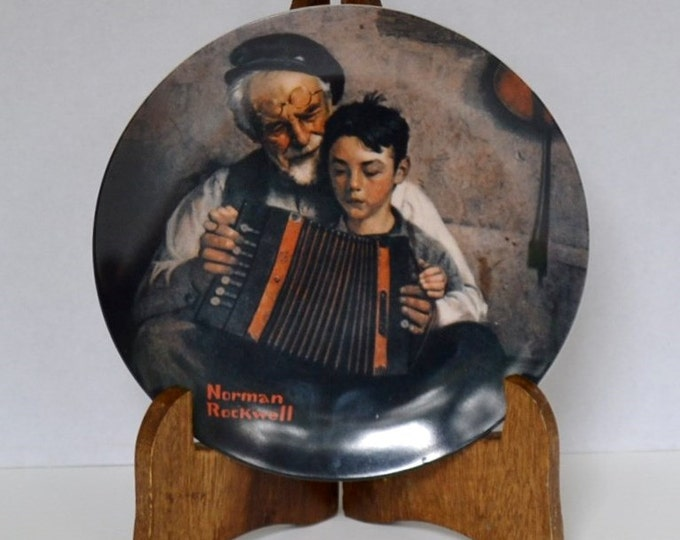 DEAL OF WEEK Knowles Norman Rockwell Collectible Plate The Music Maker 1981 Vintage Decor PanchosPorch