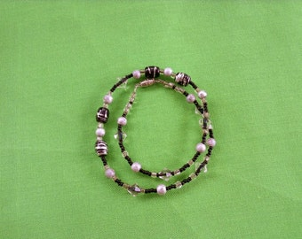 Vintage Black and Silver Necklace (Item 701)