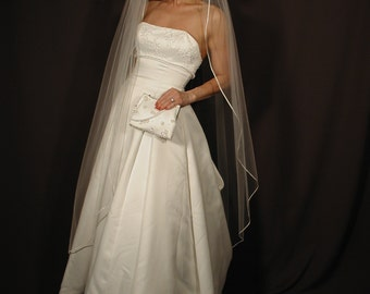 "wedding veil 65"" long waltz lenght with corded satin ribbon 1/8"". Rattail stain ribbon."