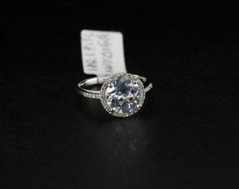 14k White Gold 1.9 Carats Aquamarine Halo Diamond Engagement Ring