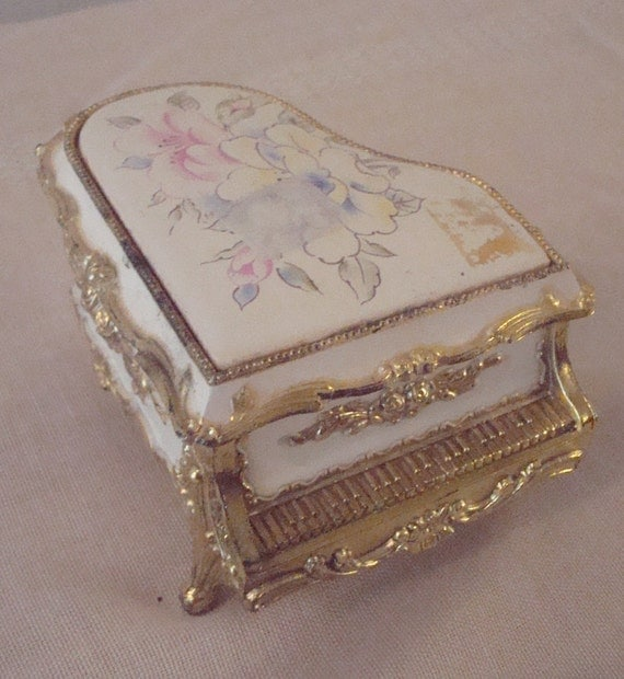 Vintage Sankyo Japanese Baby Grand Piano Floral Music Box