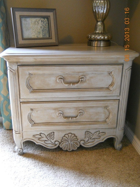 gorgeous country cottage shabby chic nightstand. Black Bedroom Furniture Sets. Home Design Ideas