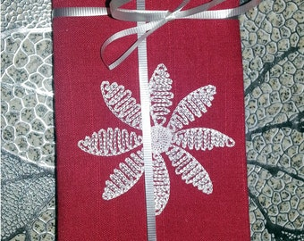 RED Embroidered 100% polyester absorbent washable napkins, everyday napkins, holiday napkins