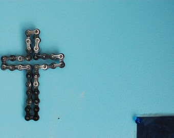 UpCYCLEd bike chain: Cross Sculpture Desk/wall art