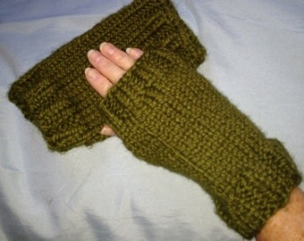 Easy Knit Fingerless Gloves Pattern