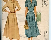 1940s McCall 7571 Sewing Pattern V Neck Fit & Flare Dress has Yoked Skirt Narrow Collar, Waist. Sleeve Variations, Unused, OFF Sz 13 B31