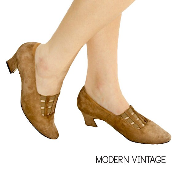 Vintage Suede Kitten Heels / Size 7 - 7.5, EU 37.5 - 38 / Autumn Fall Winter 80s Brown, Secretary Chic