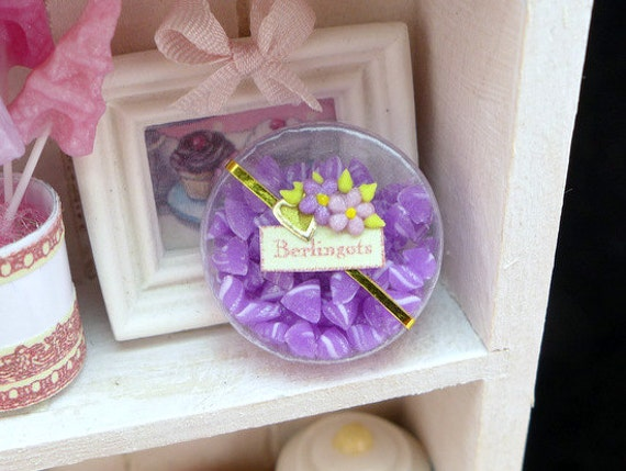 Berlingots à la Violette - Colourful French 'Violet' Candies - Miniature Dollhouse Food