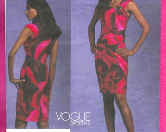 Vogue 1118  Dress, By American Designer Tracy Reese, Close Fitting, Front Drape, and Seam Details, Sizes 6 to 12, UNCUT