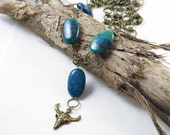 Steer Skull Blue Stone Necklace..Chunky Western Jewelry..Peacock Blue Green Turquoise Gemstones