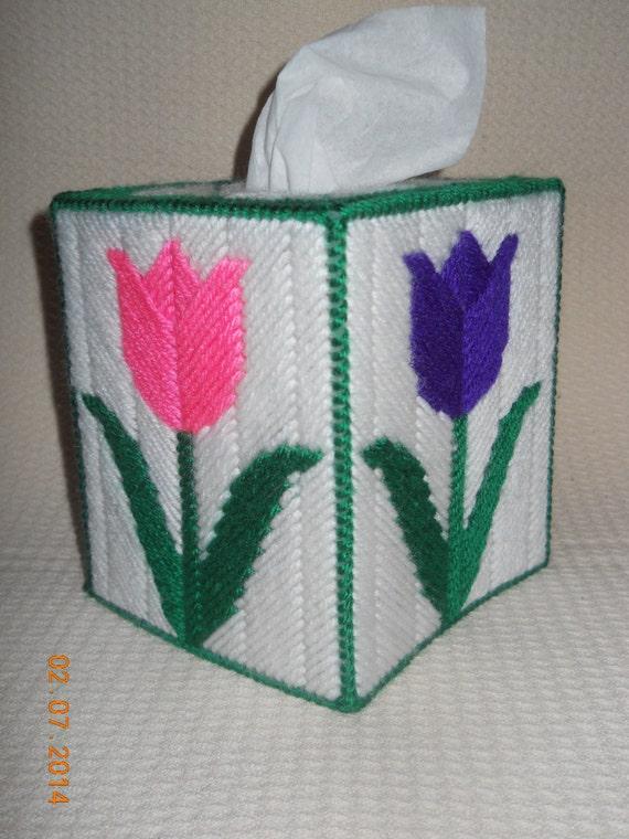 Tulip Tissue Box Cover In Plastic Canvas