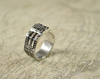 "Silver Unisex Handmade Industrial Alternative Ring ""Pergerendum"" 
