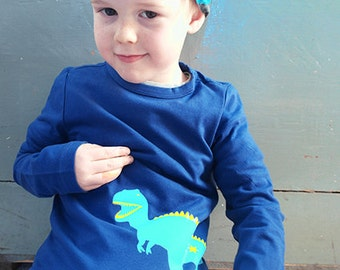 Dinosaur! Personalized kids t-shirt with a dinosaur (and the name of the child)