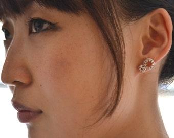 Royal crown . post silver earrings. studs