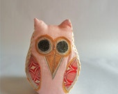 Small Linen Owl - Pink