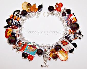 VINTAGE HALLOWEEN Artisanal Charm Bracelet