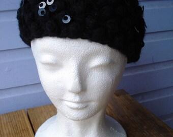 Vintage 1960s Beret Sequin Black Wool Hat 2013410