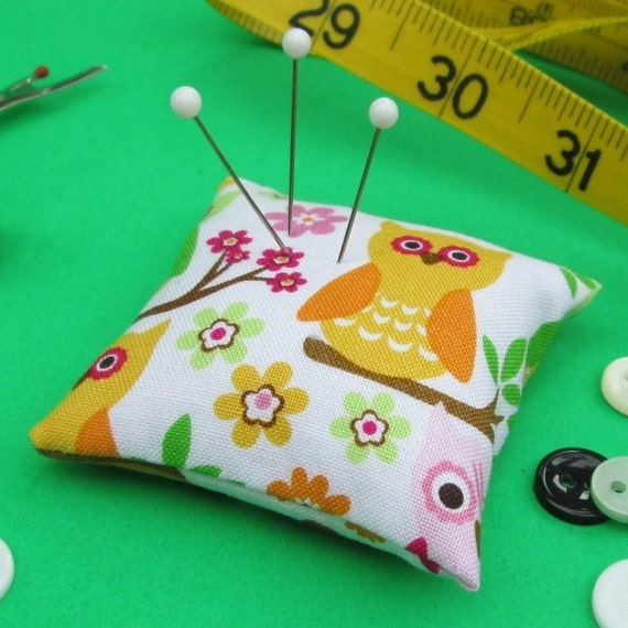 Emery Pincushion / Pin Cushion -  Keeps Pins Sharp - Colorful Owls
