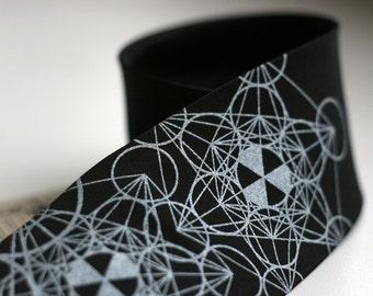 "Sacred Geometry Necktie. Geometric pattern, mathematic silk necktie. Metatron's Cube, Flower of Life, Math gift, burner. ""Haute Math"""