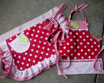 Aprons - Mommy and Me Aprons  - Red Dot Aprons - I Love Lucy Aprons - Mother and Daughter Matching Aprons - Annies Attic Aprons