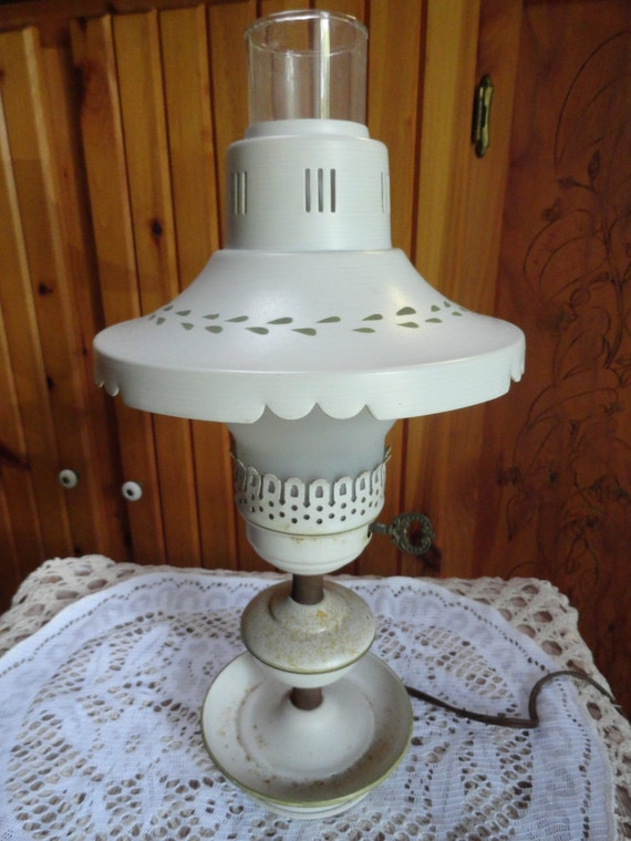 toleware hurricane style white metal electric table lamp. Black Bedroom Furniture Sets. Home Design Ideas