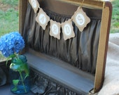 Wedding Cards Banner...in vintage style...light brown and cream.