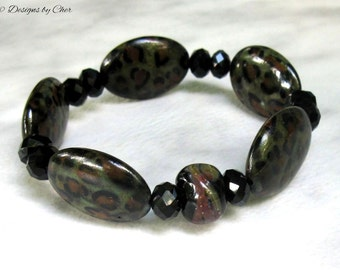 Leopardskin and Lampwork Stretch Bracelet, Artisan Boro Glass, Howlite Oval Gemstones, Animal Print Boho Stackable Bracelet.