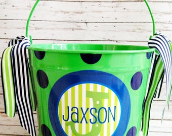 custom 10 QUART bucket with stacked name in green and blues