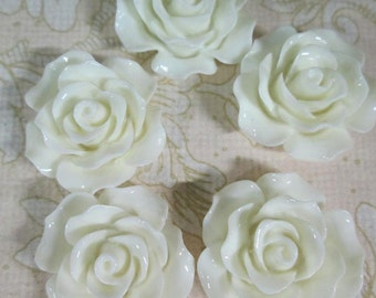 10 white 20mm rose resin cabochons, beautiful flower cabs