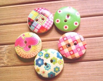 10x Wooden Assorted Colours Round Buttons 19x19 mm - Code 88086