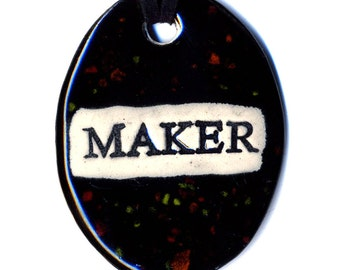 Maker Ceramic Necklace in Spotted Black