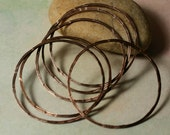 Hand hammered textured antique copper organic circular link O ring aprox 40mm outer diameter 1mm (18g) thick, 6 pcs (item ID XMFA00017CDEK)