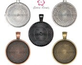 1in Circle Bezel Pendant Tray with Textured Back. 25mm Silver, Black, Copper, and Gold Colors Available. 25 Pack.