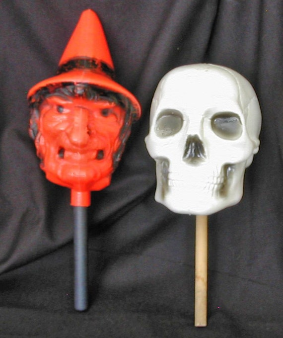 Vintage Spooky Molded Plastic Halloween Witch-Creepy Skull Rattles-Noisemakers-2