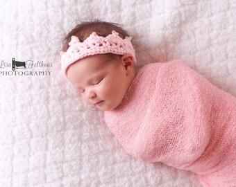 Crochet baby crown, Baby girl tiara, First birthday princess crown, Little girl pink crown, Baby girl hair accessories, newborn photo prop