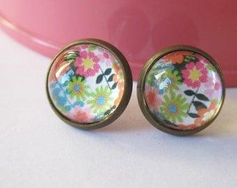 Vintage Floral Antique Brass Post Earrings