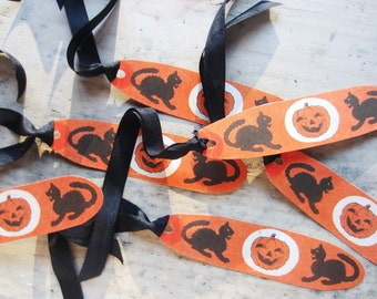 Vintage Halloween Gift Tags or Napkin Rings Set, Retro Halloween, Vintage Jack-O-Lanterns, Black Cats