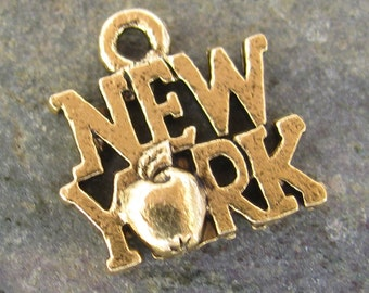 New York The Big Apple Charms Antique Gold Jewelry Finding 1254 - 6 Pieces