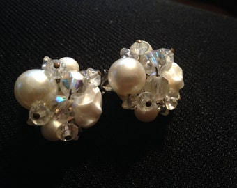 Very Pretty Vintage 1950's Era Faux Pearl and Iridescent Glass Beaded Earrings
