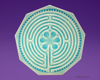 Chartres Finger Labyrinth Petite in Sea Ice Blue