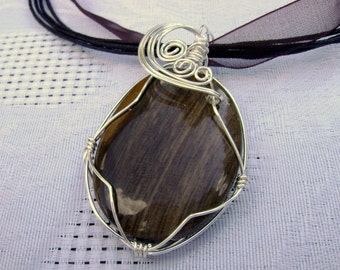 Waves Wirewrapped Brown wood look stone necklace