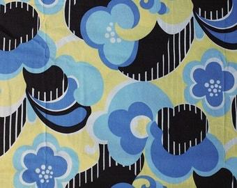 Seventies vintage floral fabric - 1/2 yard