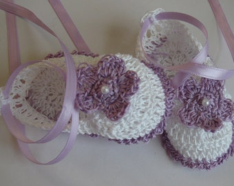 Crocheted Newborn Infant Baby Girl Booties Crib Shoes Lavender Purple White Baby Shoes Knit Handmade Baptism  Infant Booties Reborn Booties