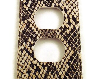 Light Switchplates Switch Plate  Outlet Wall Decor  light switch cover in  Snakeskin (202O)