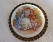 Large Antique Loving Couple in Metal BUTTON